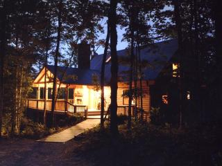 Big South Fork Luxury Log Cabin - Hemlock Bluff - Jamestown vacation rentals