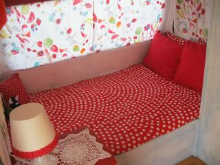 Spanish style decorated caravan - Estacion de Cartama vacation rentals