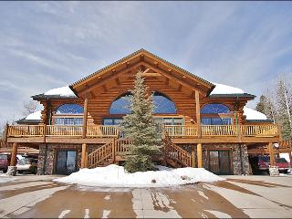 Beautiful, Spacious Log Home on Trail's Edge - Pool Table, Ping Pong, Poker & Darts (8130) - Steamboat Springs vacation rentals