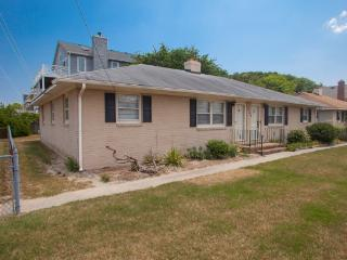 7709A Atlantic Ave - Virginia Beach vacation rentals