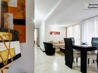 Medellin, 2 bedrooms, Pool, Gym 606 - Medellin vacation rentals