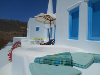 Luxury villa by the beach Akrotiri House of Fantasy - Santorini vacation rentals