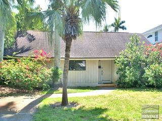 Pet-friendly pool home in Olde Naples only 2 blocks to the beach! - Naples vacation rentals