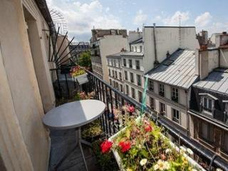 Romantic studio with a balcony, in Marais, Paris ! - Ile-de-France (Paris Region) vacation rentals