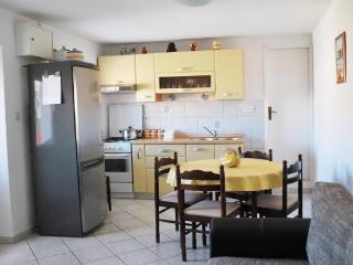 House Tihana - 32161-K1 - Pucisca vacation rentals