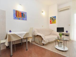 Apartments and Rooms Zlatko - 38201-A8 - Podstrana vacation rentals