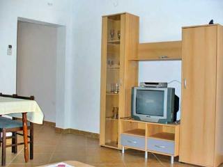 Apartments Marinović - 51591-A4 - Molunat vacation rentals