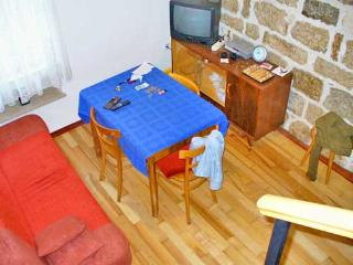 Apartments Mladen - 31432-A1 - Kastel Sucurac vacation rentals