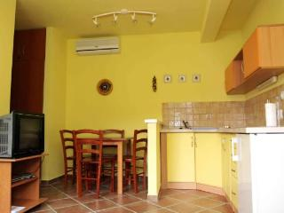 Apartments Marija - 36871-A1 - Drvenik vacation rentals