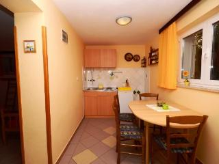 Apartments Milivoj - 61231-A1 - Kornic vacation rentals