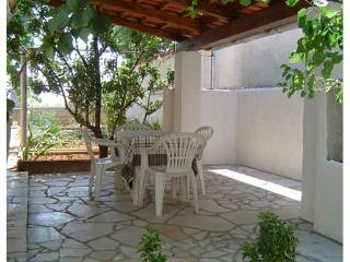 Apartments Ivan - 71521-A2 - Banjole vacation rentals