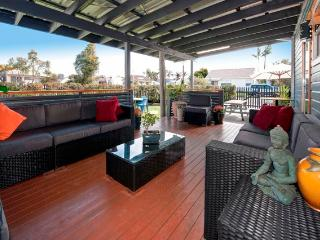 Large Holiday House can sleep up to 29 people - Lake Macquarie vacation rentals