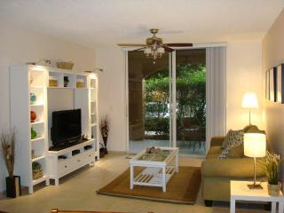 Cozy 2 bed /2 bath condo - Yacht Club Aventura - Aventura vacation rentals