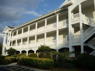 PRIME LOCATION!!   MINUTES TO THE BEACH!! - Myrtle Beach vacation rentals