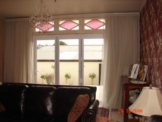 Charming Villa with character and all modern conv - Hawera vacation rentals