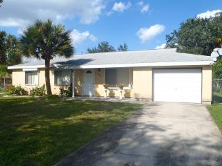 PALM TREE PLACE - North Port vacation rentals