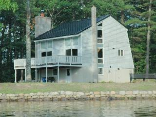 Private Waterfront Cranmore Shores Home - Sweet! 117123 - White Mountains vacation rentals