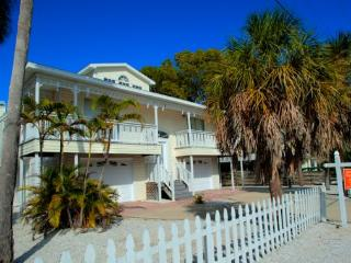 Whispering Winds - Anna Maria vacation rentals