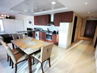 415 New Large 1 BD in JLT, Lake View; Sleeps 4. - Dubai vacation rentals