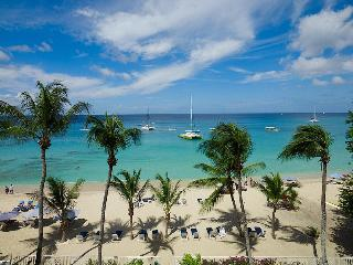 Smugglers Cove 6 at Paynes Bay, Barbados - Beachfront, Pool, Beach Offers Safe Swimming And Snorkelling - Paynes Bay vacation rentals