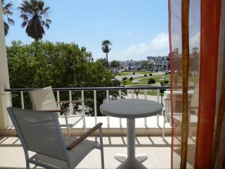 Estoril Studio with a Balcony -Ocean & Garden View - Estoril vacation rentals