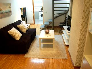Duplex Conde Duque 4b Parking - Madrid vacation rentals