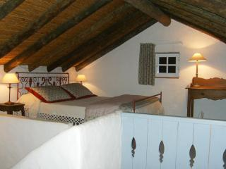 A Charming Cottage near the beach - Olhao vacation rentals