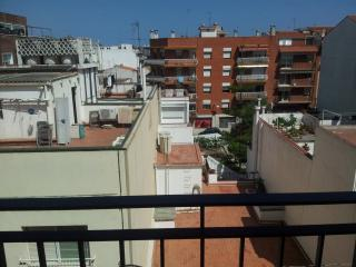 Apartment for 8, close to the beach - Canet de Mar vacation rentals
