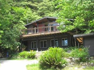 Welcome to Tuwanek Timbers - Sechelt vacation rentals