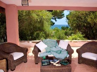 Villa Smilax - cozy mansion, pied dans lau - Sardinia vacation rentals