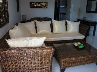 Service condo next to beach for rent, Ban Phe - Rayong vacation rentals