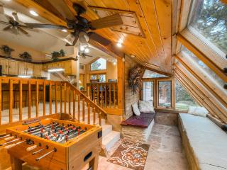 5 Star, Spacious, Private, Western Lodge in Coal Creek Canyon - Denver Metro Area vacation rentals