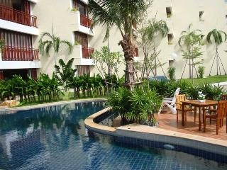 Service apartment in beautiful resort for rent - Rayong vacation rentals