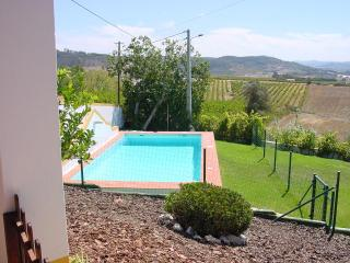 House with garden and pool, near the sea! - Torres Vedras vacation rentals