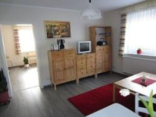 Vacation Apartment in Groebitz - 387 sqft, quiet, beautiful, friendly (# 3990) - Saxony-Anhalt vacation rentals