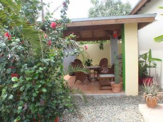Greenfield apartment. - Noord vacation rentals