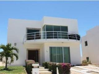 Front Elevation View of Casa - Gorgeous Rental Vacation Home:  Nitely, Weekly, or monthly - Cabo San Lucas - rentals