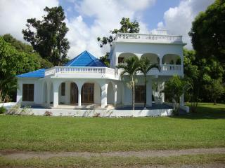 By the Sea Vacation home and villa- double bed ste - Portland Parish vacation rentals