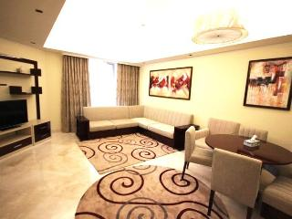Luxurious Double Bedroom in Grandeur Residence, Palm Jumeirah - Dubai vacation rentals