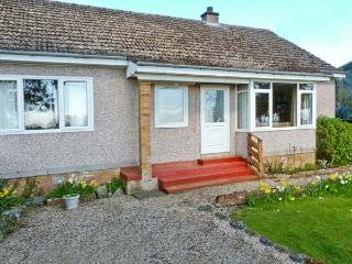 CLINT COTTAGE, single-storey pet-friendly cottage, en-suite, St Boswells nr Newtown St Boswells Ref 25368 - Scottish Borders vacation rentals
