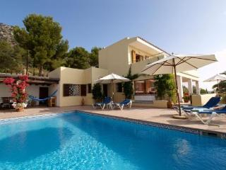 Es Cubells 766 - Province of Lleida vacation rentals