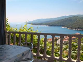 Apartment for 5 persons near the beach in Rabac - Rabac vacation rentals