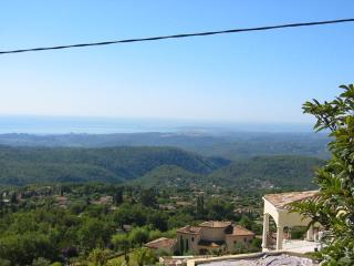 A Charming House with Amazing View - Tourrettes-sur-Loup vacation rentals