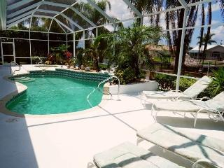 Villa Charlene - Cape Coral 3b/2ba deluxe home w/electric heated pool/spa, gulf access canal, HSW Internet, Boat Dock w/Lift (70 - Florida South Central Gulf Coast vacation rentals