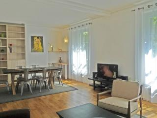 Apartment Luxembourg holiday vacation large apartment rental france, paris, 6th arrondissement, luxembourg, holiday vacation lar - Paris vacation rentals