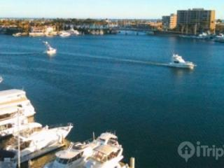 Waterfront Condominium with Panoramic Views of Newport Harbor and the Pacific Ocean - 2Bd/2Ba (3596416) - Newport Beach vacation rentals