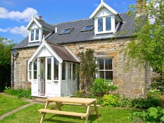 OLD HALL COTTAGE, pet-friendly, WiFi, two woodburners, near Falstone, Ref. 15661 - Northumberland vacation rentals
