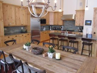Senabi Lane, Superb Elkhorn Springs Condo - Sun Valley vacation rentals