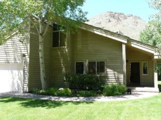 Sunrise Home, Spacious Deck, Great Yard, Elkhorn - Sun Valley vacation rentals