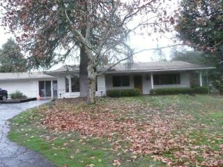 Lauri Lane Mountain House Your Home Away From Home - Oakhurst vacation rentals